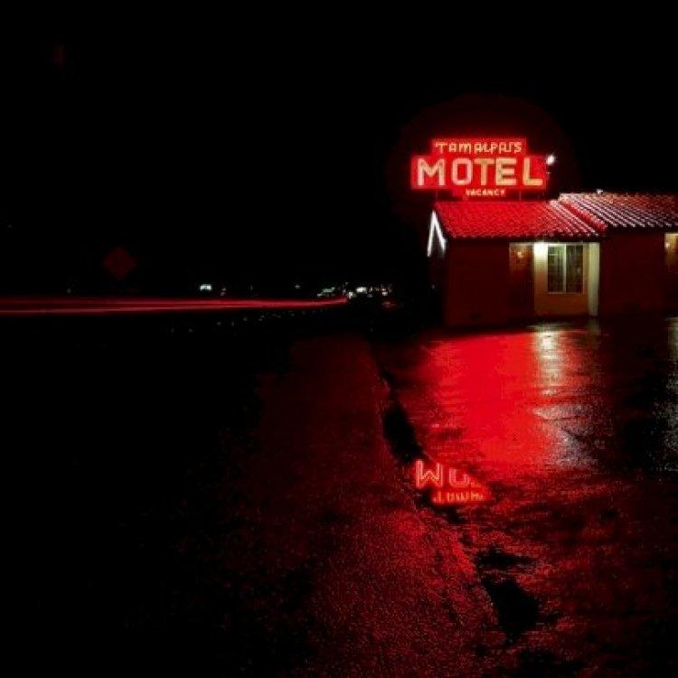 Yıkık Hayatlar Moteli